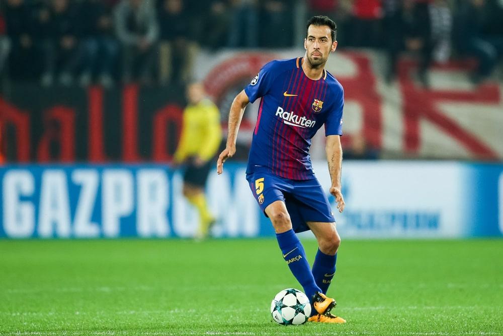 Sergio Busquets vom FC Barcelona im Trikot mit der Nr. 5(Foto Shutterstock)