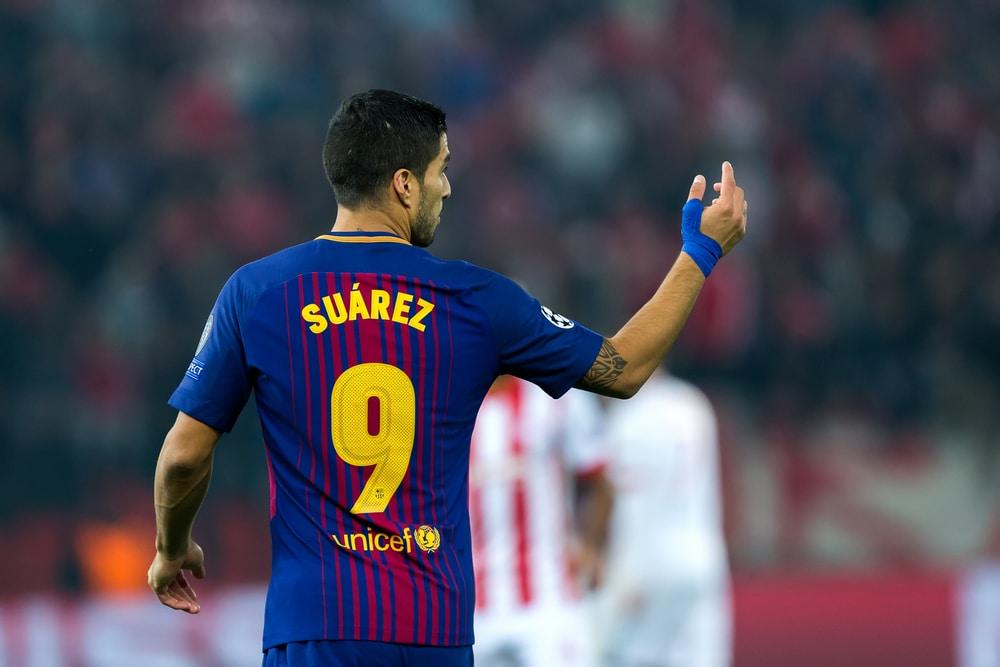 Luis Suarez mit der Trikotnnummer 9 im Barca-Trikot 2018 (Foto Shutterstock)