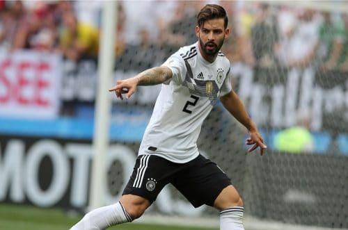 Marvin Plattenhardt mit der Rückennummer 2 beim 1.WM-Spiel gegen Mexiko am 17.6.2018 (Marco Iacobucci EPP / Shutterstock.com)