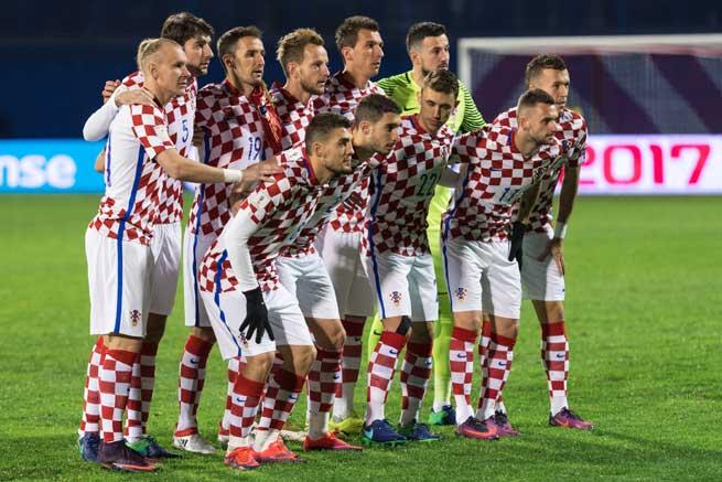 Die Kroatische Nationalelf im Heimtrikot 2018 (Foto Shutterstock)