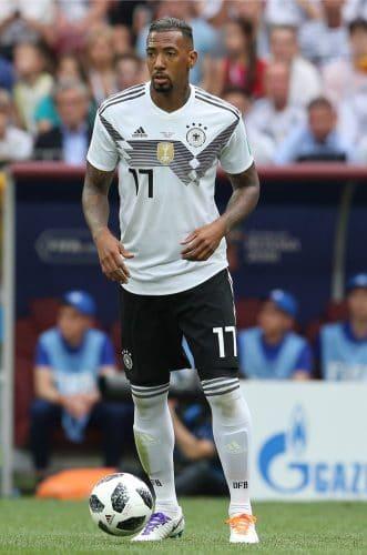 Jerome Boateng mit der Rückennummer 17 beim 1.WM-Spiel gegen Mexiko am 17.6.2018 (Marco Iacobucci EPP / Shutterstock.com)