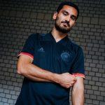 Gündogan präsentiert das neue DFB Away Trikot 2021! (Foto adidas/DFB)